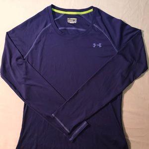 Women's under armour long sleeve shirt
